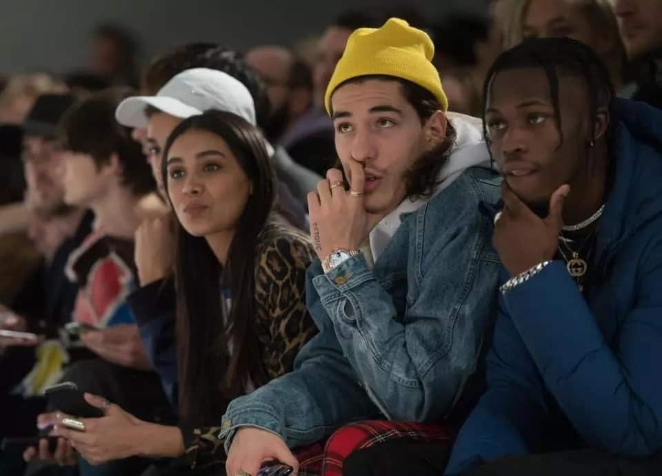 1718193abfd Bellerin rocks N1.2m outfit at men's Fashion Week while Arsenal lose to  Forest