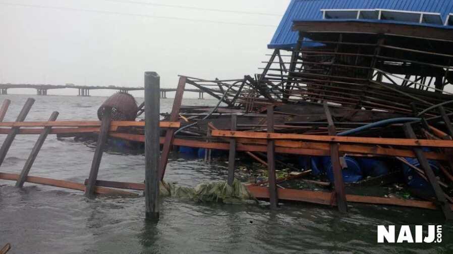 Makoko floating school collapses