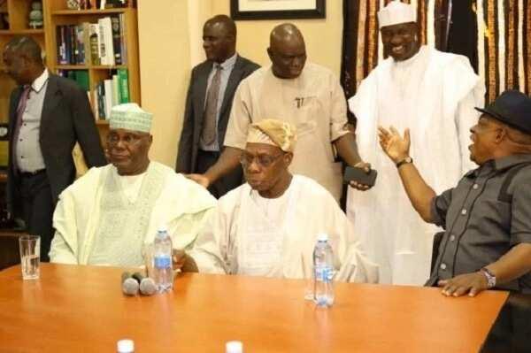 Da duminsa: Ahmed Gumi, Matthew Kukah, Bishap Oyedepo sun karasa gidan Obasanjo domin ganawarsu da Atiku (Hotuna)