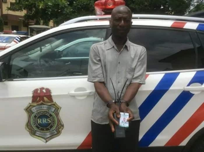 Fake policeman confesses to making N15k daily in Lagos