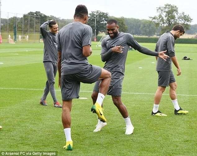 Arsenal star Aubameyang performs stunning dance skills with Lacazette