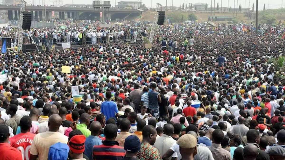 population of edo state