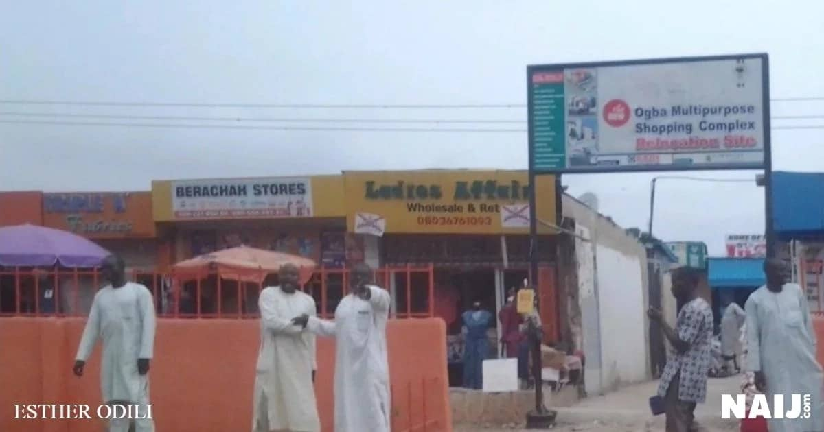 Traders beckoning on buyers at Ogba Multipurpose Shopping Complex relocation site, Ogba, Lagos. Source: Esther Odili.