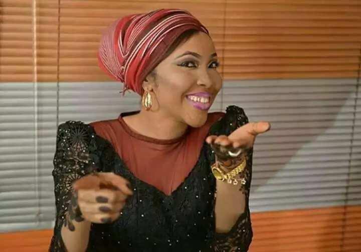 To jama'a Allah yayi dare gari yaw aye, yanzu zamu fara gwagwarmaya da yayan Baba Buhari – Inji Ummi Zeezee