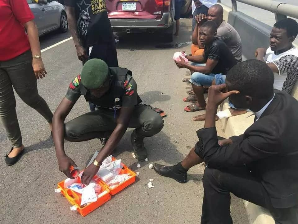 RRS Men Give First Aid To Accident Victims