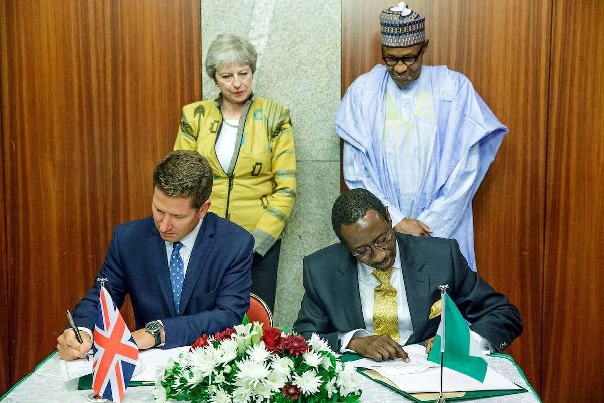 UK Prime minister shines in jacket designed by Nigerian fashion house