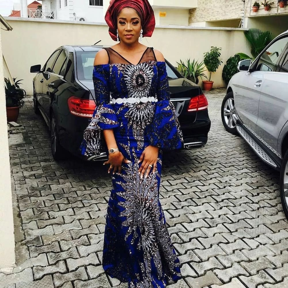 Ankara style for Aso Ebi with flared sleeves