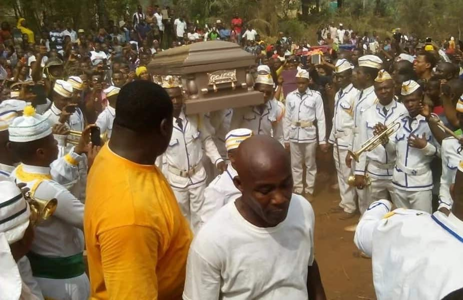 Dede One Day funeral