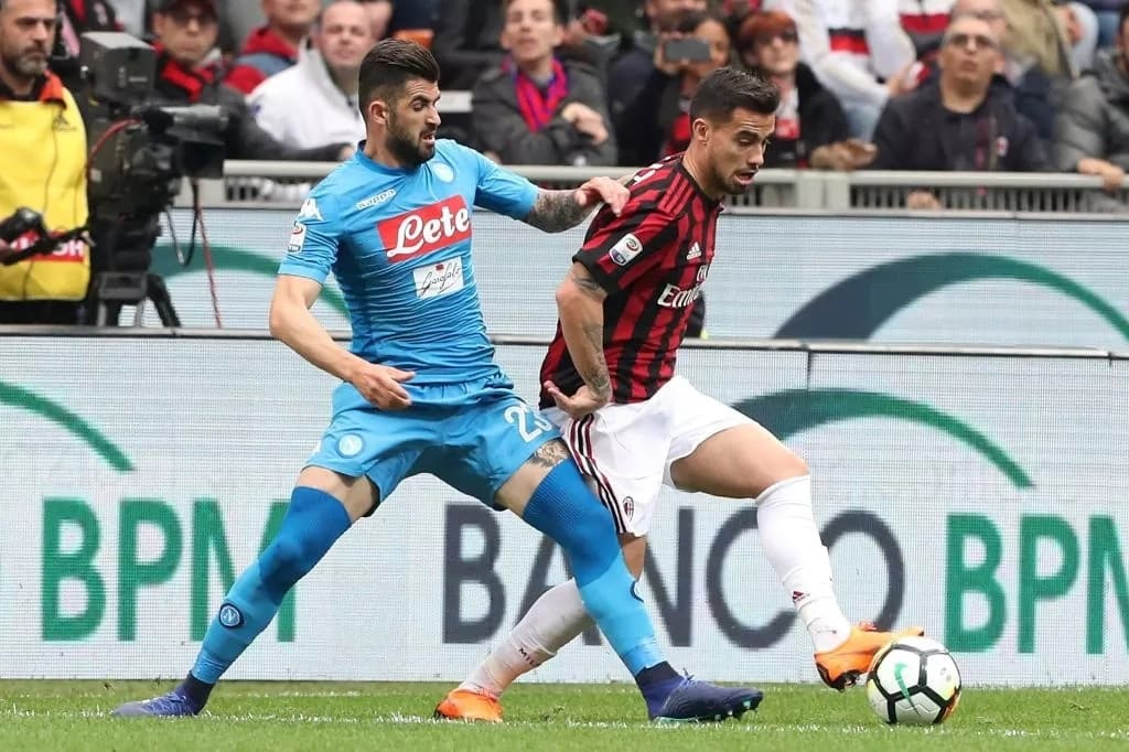 Manchester United planning to sign Napoli star Elseid Hysaj this summer