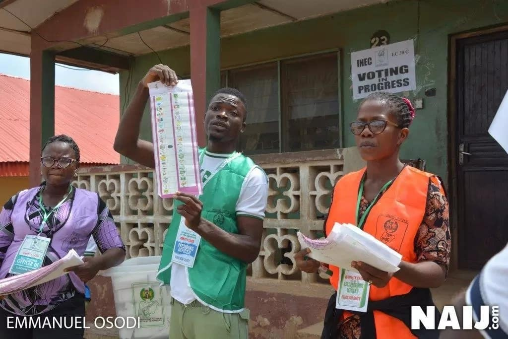 LIVE UPDATES: Fayemi, Fayose's deputy battle for votes as Ekiti people decide who will be the next state governor