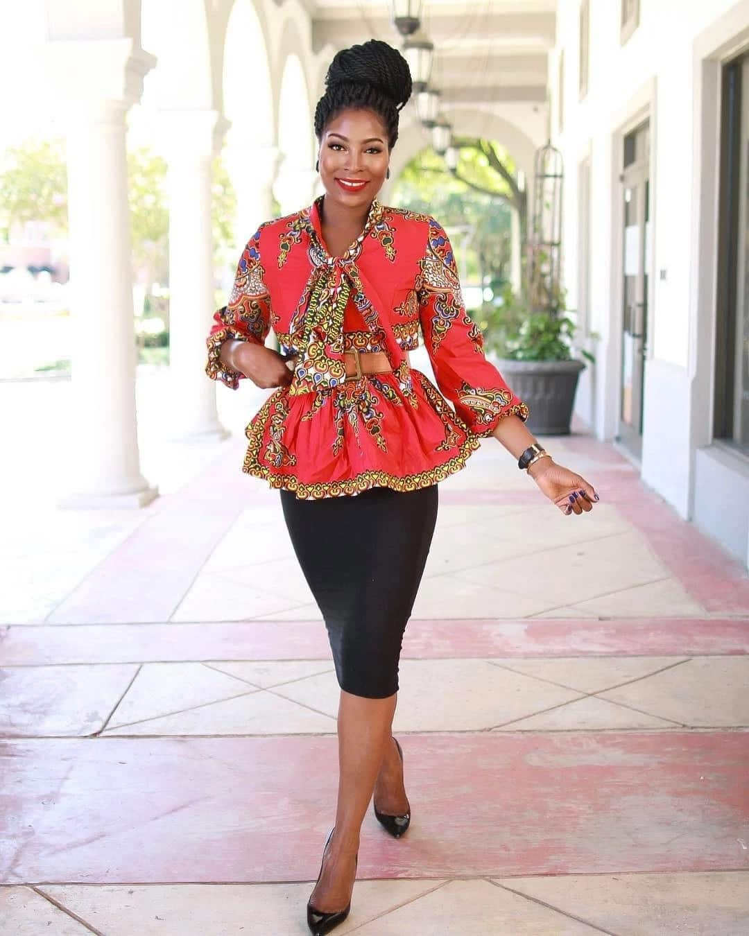 Corporate gowns styles 2018