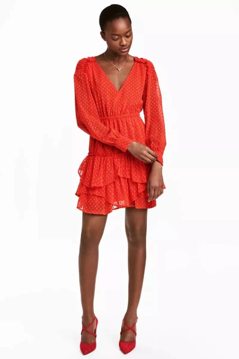 Chiffon short gown with frills