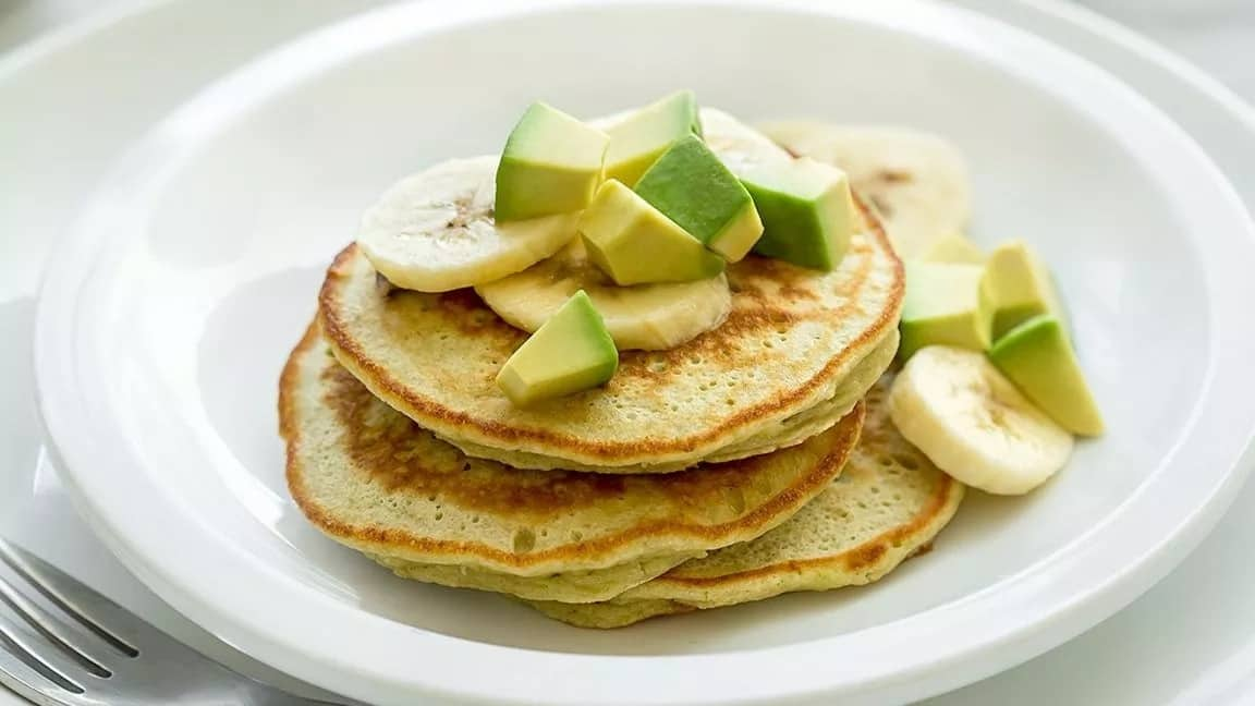 How to make pancakes without flour and baking powder with bananas oats avocado