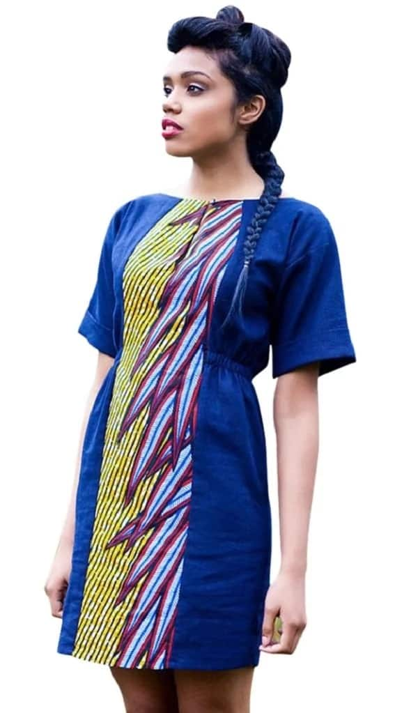 Ankara straight gown with ornament in the middle of the item