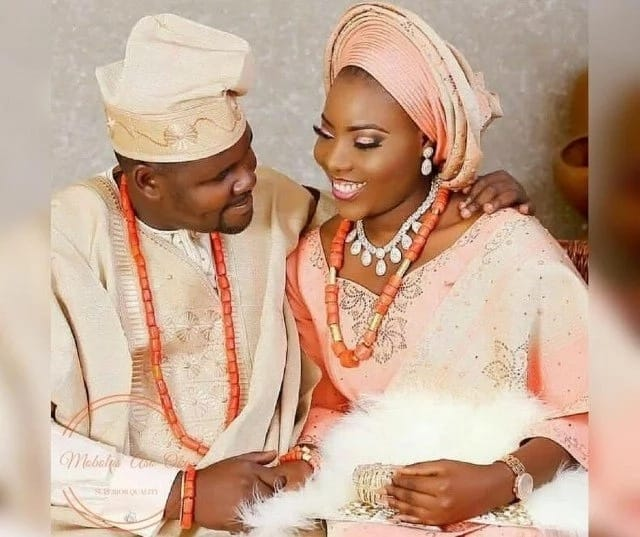 Nigerian wedding colours 2017-2018 - cream peach