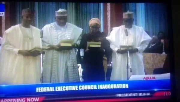 FLASH: Fashola Sworn In As Power, Works & Housing Minister