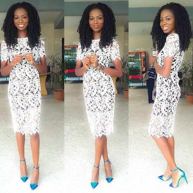 Short lace gown