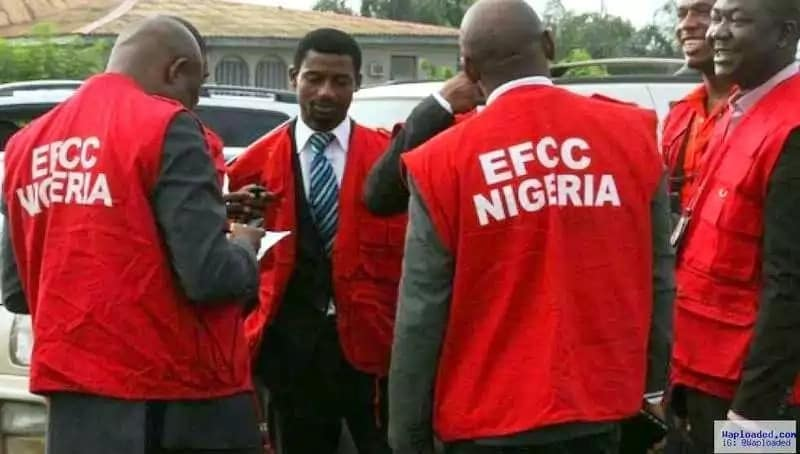 9 FIRS officials in EFCC detention over alleged diversion of N6B tax fund