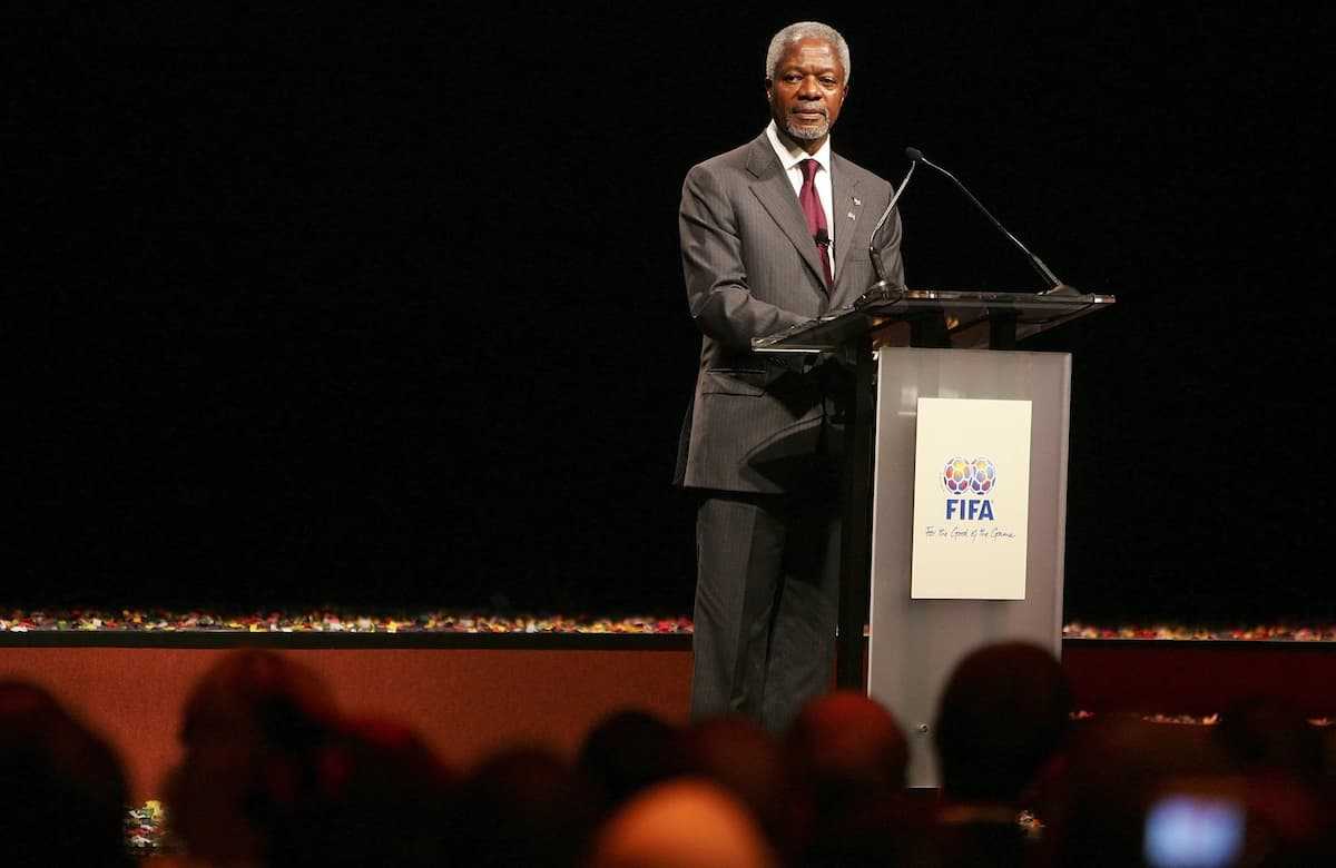 Kofi Annan was passionate lovers of football and played as a No. 7
