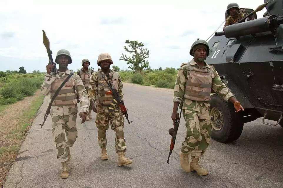 Boko Haram sun kashe soja daya, wasu 16 sun bace