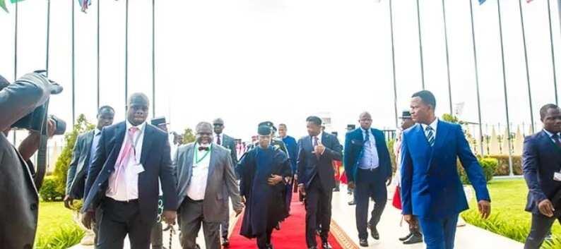 Osinbajo attends emergency ECOWAS meeting in Togo (photos)