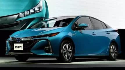 Toyota recalls more than 2.4 million hybrid cars over crash fault