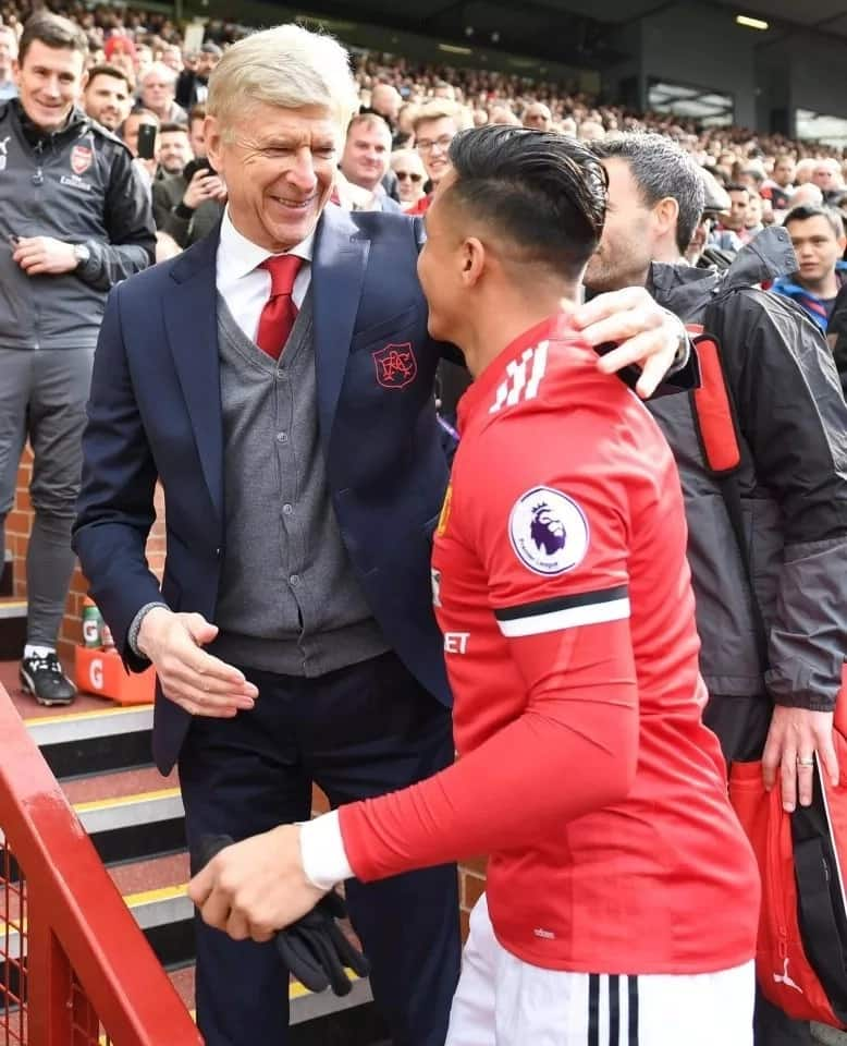 Alexis Sanchez finally got his chance to say goodbye to Arsene Wenger