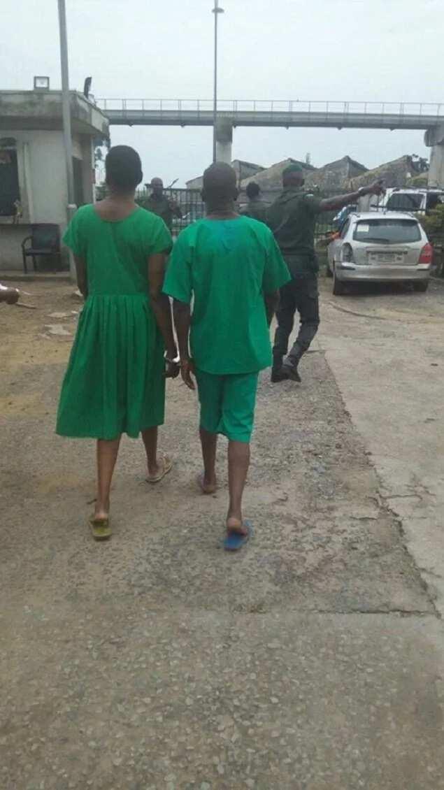 Kemi Olunloyo wears prison uniform, handcuffed (photos)