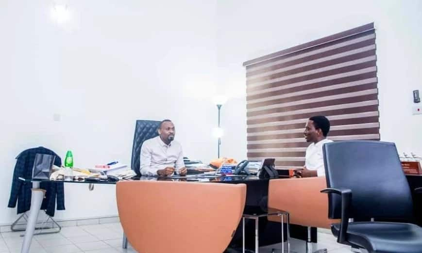 Who is PayPorte owner at his office