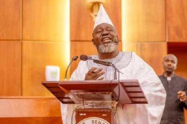 Tsaurin ido: Minista mai ci ya rufe ofishin kamfen din Buhari/Osinbajo a jihar sa