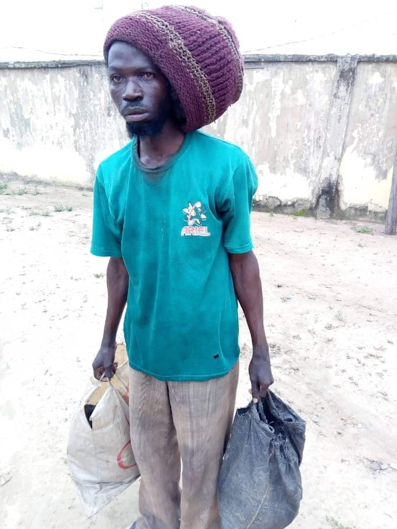 Police in Lagos arrest 2 suspected ritualists, as angry mob lynches 3rd suspect