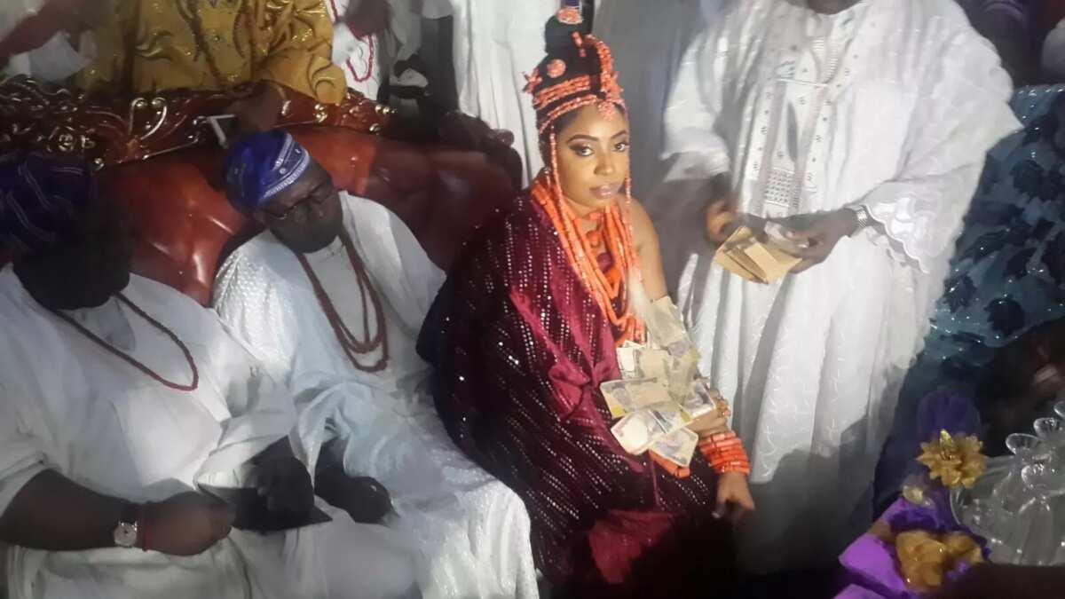 Ooni of Ife Benin wife