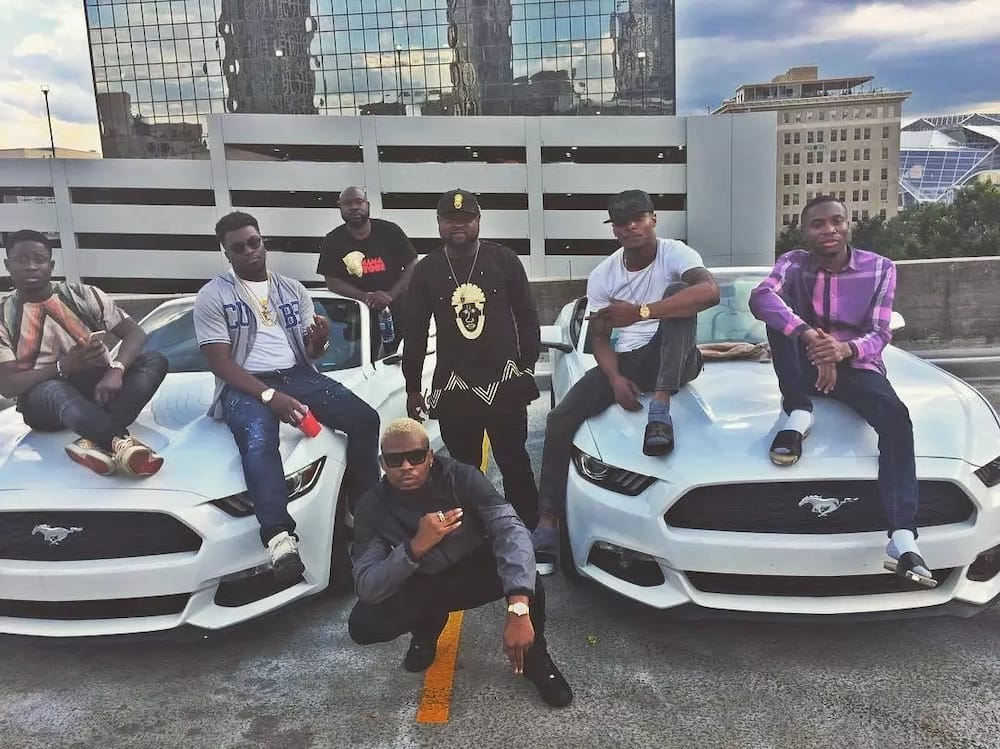 Olamide and the crew