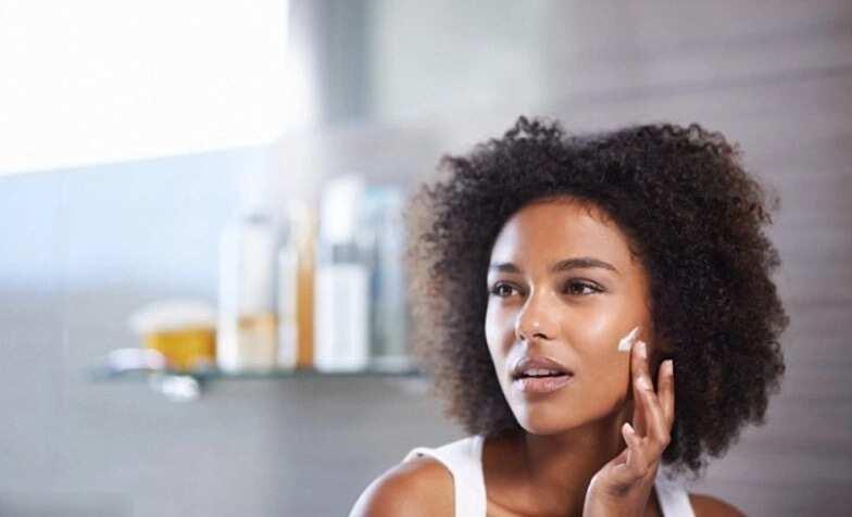 Benefits of aloe vera on face overnight ▷ Legit.ng