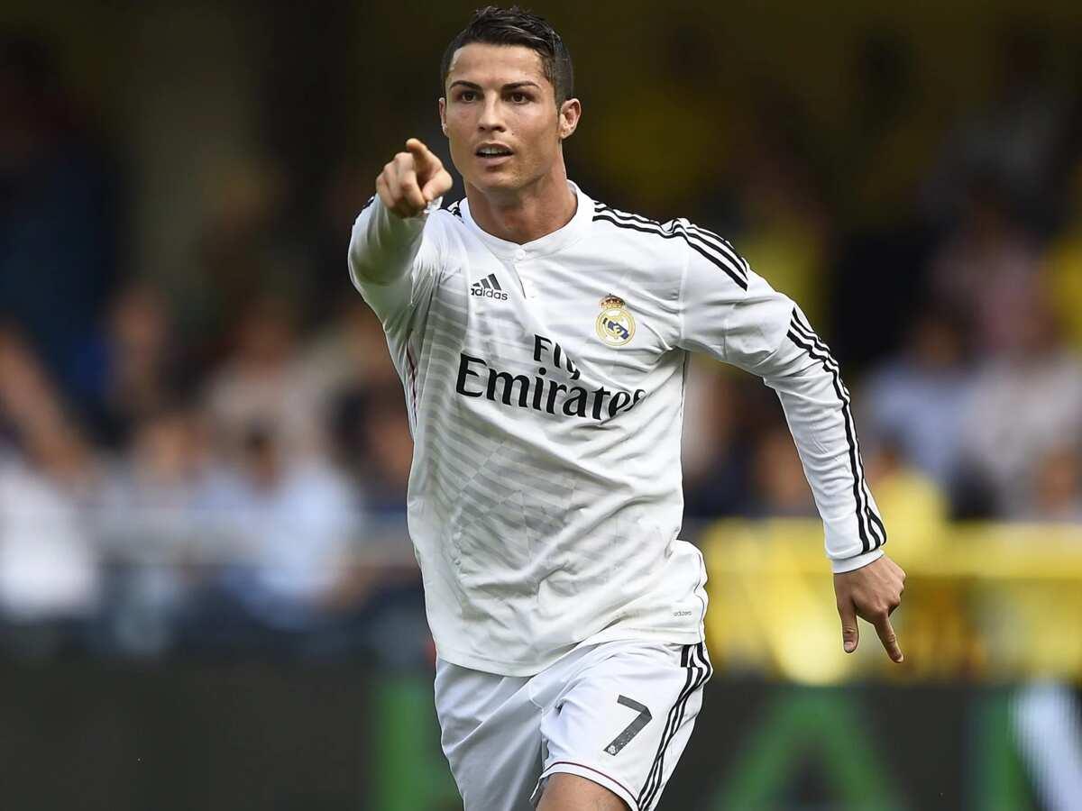 c8e6c30cb29 Nike unveil new Cristiano Ronaldo's Mercurial boots ahead of 2018 ...