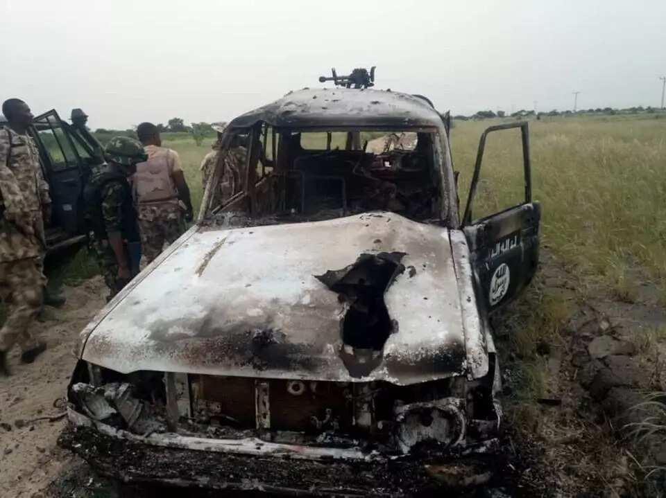 Da duminsa: Dakarun soji sun yiwa 'yan Boko Haram da suka kai masu hari kisan kiyashi, hotuna