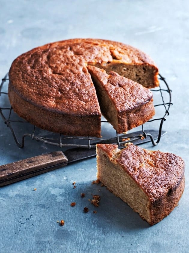 Easy banana cake recipe with plain flour Legit.ng